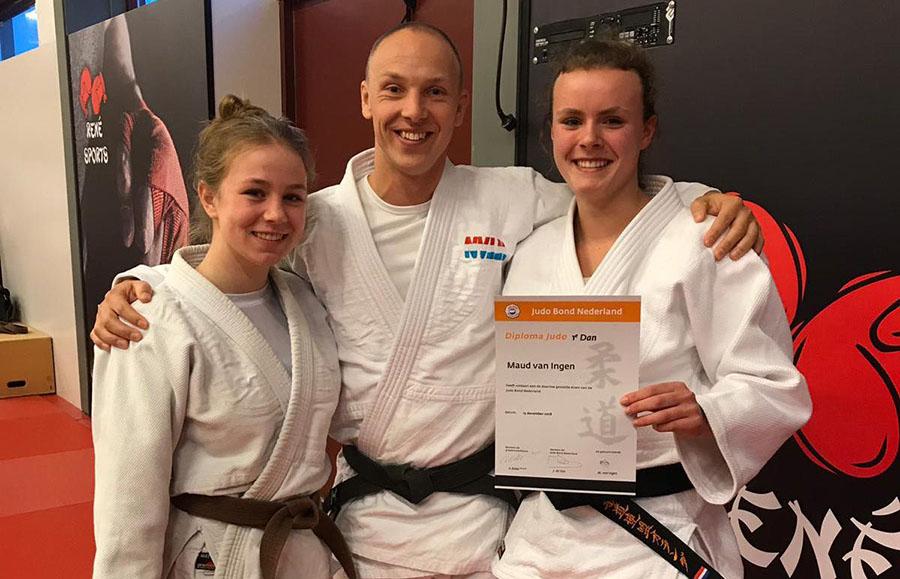 Maud van Ingen behaald zwarte band judo